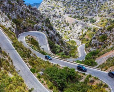 Kinh nghiệm lái xe số tự độngkhi đi đường đèo